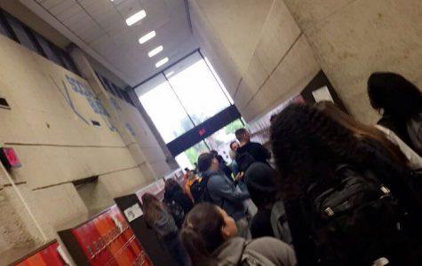 Gunderson's Crowded Hallways!!!